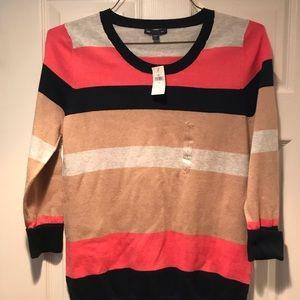 NWT Gap Sweater Size L